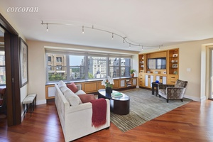 A truly fabulous, bright, spacious high floor home at Mayfair Towers, with an outstanding 4BR, 3.